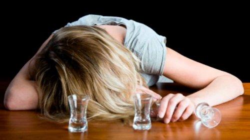 Женщины пьянеют быстрее